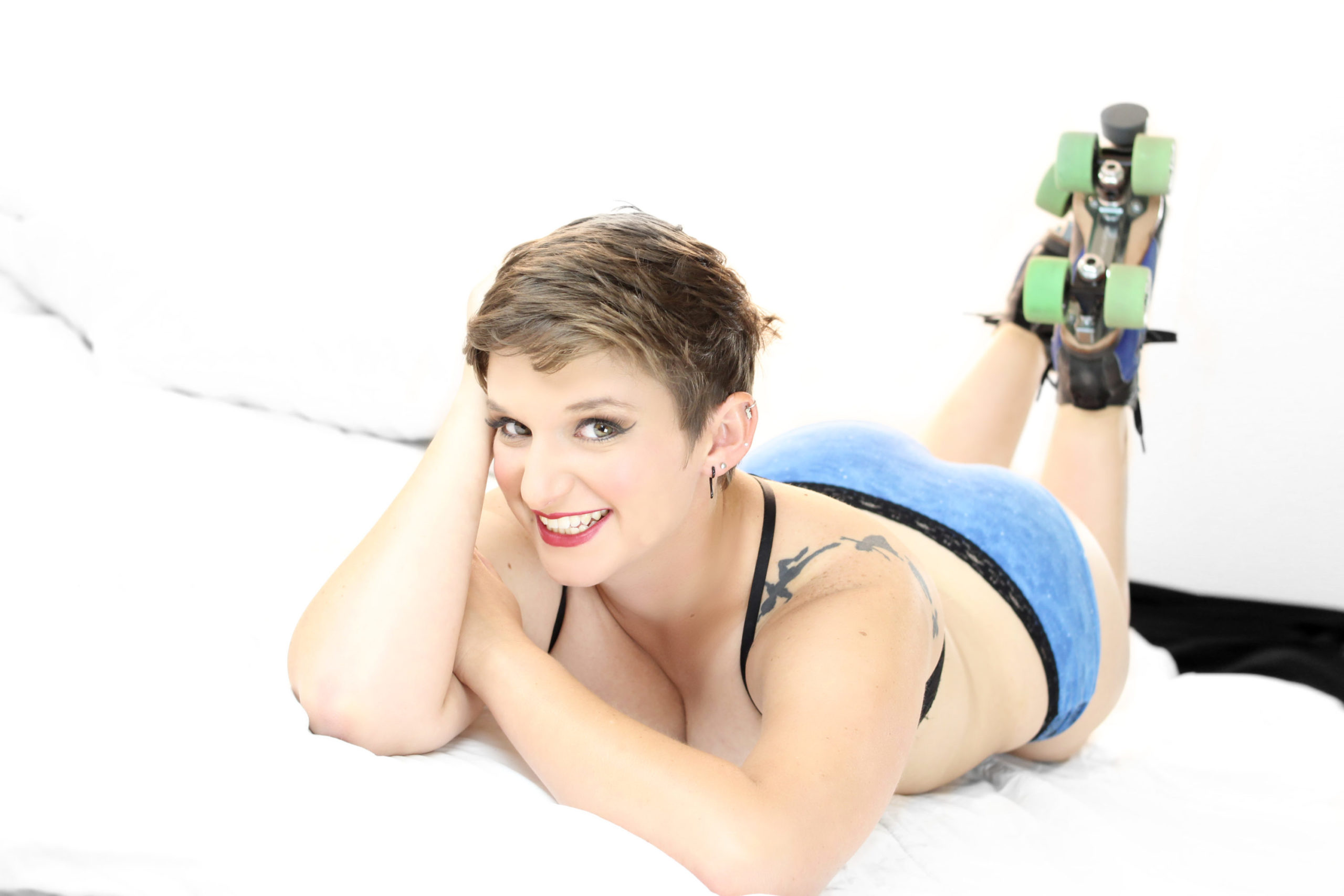 ROLLER DERBY BOUDOIR PHOTOGRAPHY | COWEN ANGUS BAILEY PHOTOGRAPHY